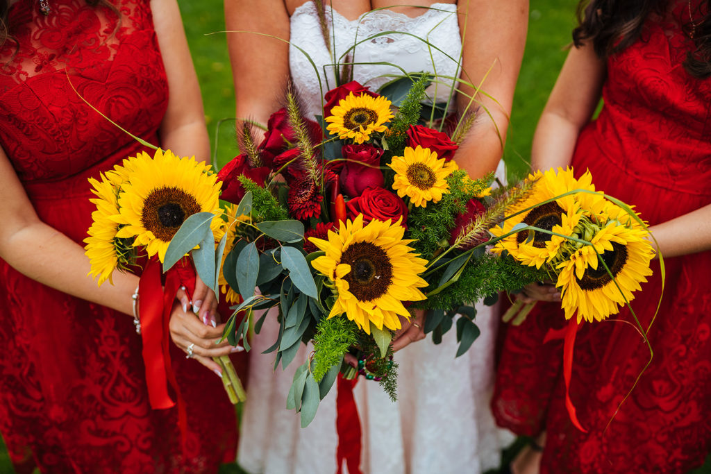 Bridal-Bouquet-Sunflowers-at-Rustic-Barn-Wedding